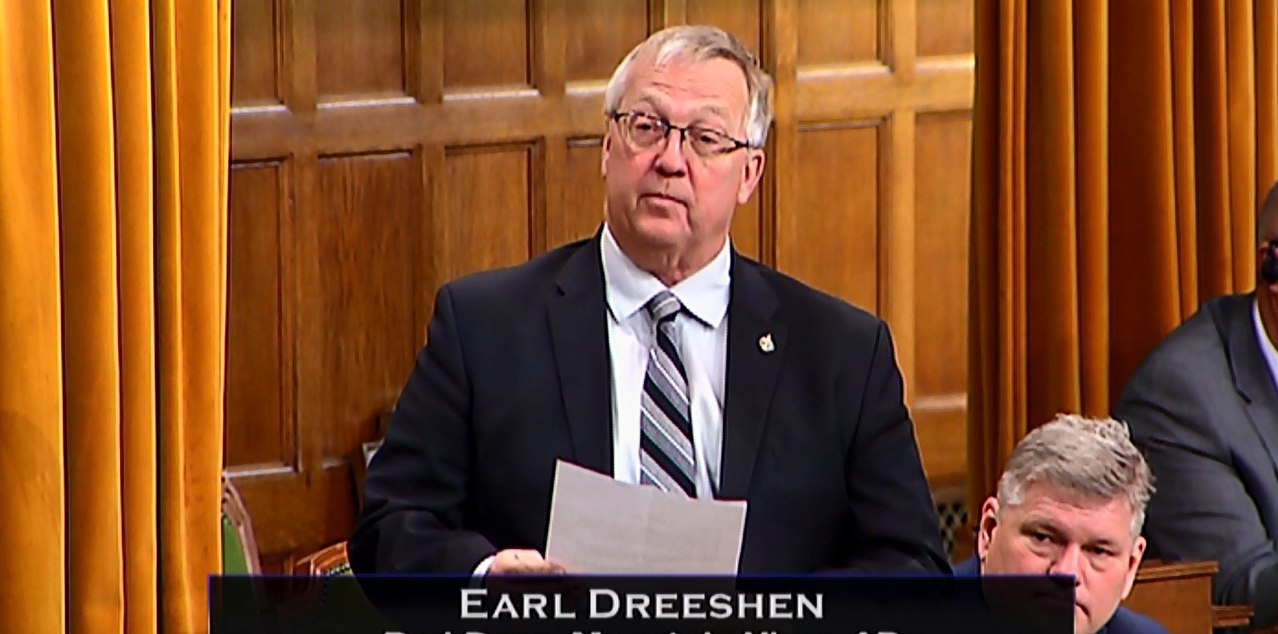 Earl Dreeshen Recognizes Ford Family Contribution to Penhold